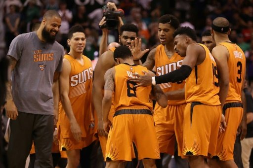 Suns, Jazz, Pacers win in wild finishes