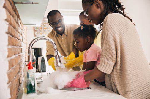 People with clean homes do these three things