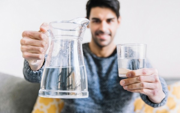 7 Surprising Benefits of Drinking Water on Empty Stomach You Probably Didn't Know