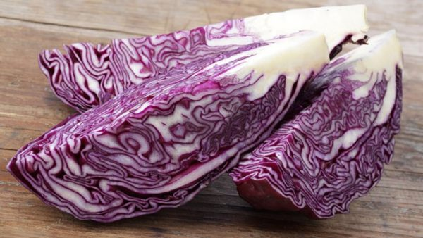 Creamy Red Cabbage and Carrot Soup