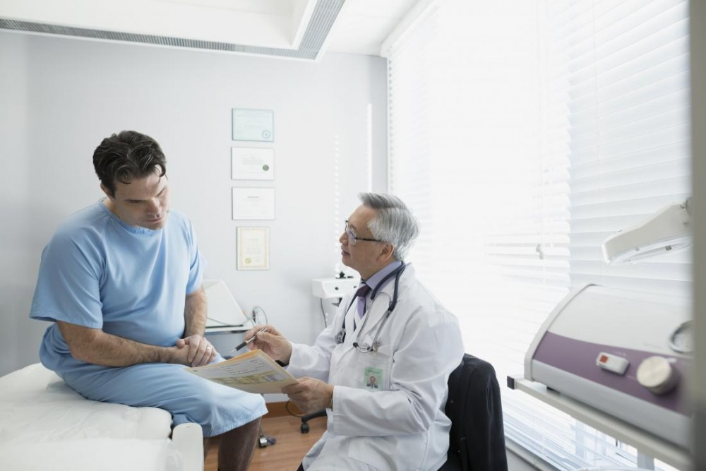 Signs and symptoms of STDs in men