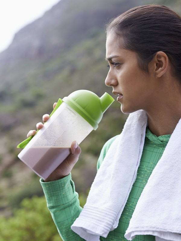 The Best Fitness Foods: What to Eat Before, During and After Your Workout
